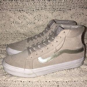 """VANS """"SK8"""" High Top Perforated Suede Sneaker 5.5"""